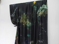 <em>Bulle 4140</em> Tissu 226*301 cm, et céramique 15*20 cm 2014